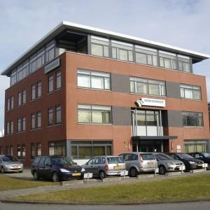 KANTOORRUIMTE TE HUUR: Luzernestraat 19 te Nieuw-Vennep